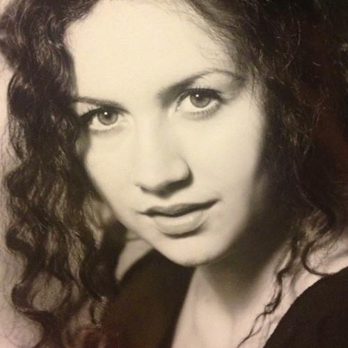 Francesca PagliAroli's avatar