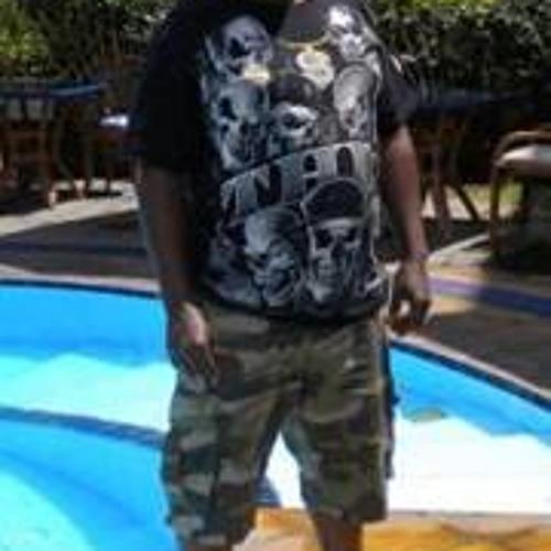 Kevin Kahiga's avatar
