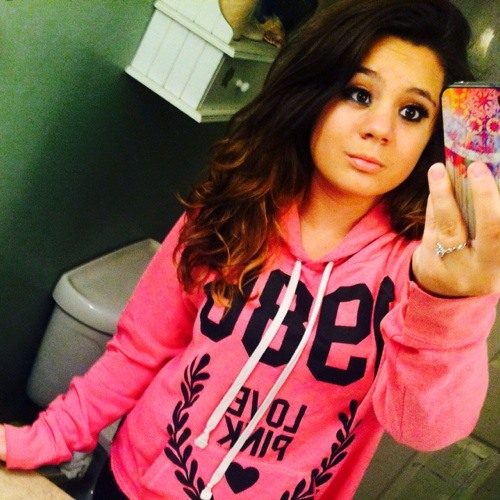 bella_lynn's avatar