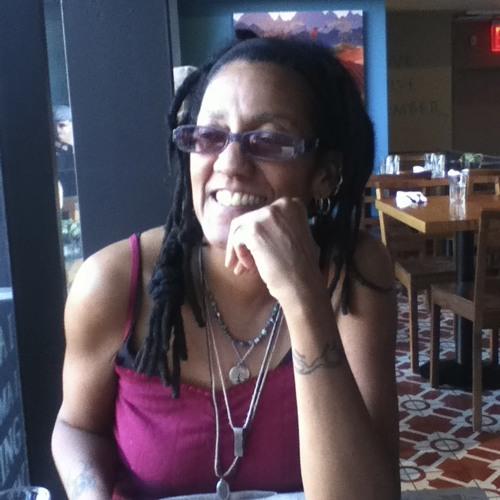 Gina Rochell's avatar