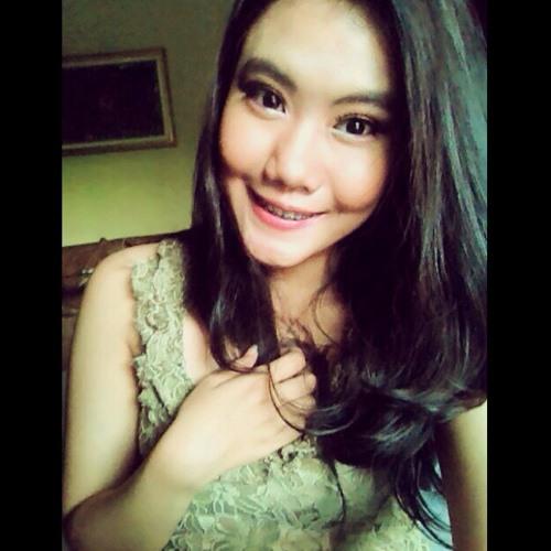 Dinda Ersa's avatar