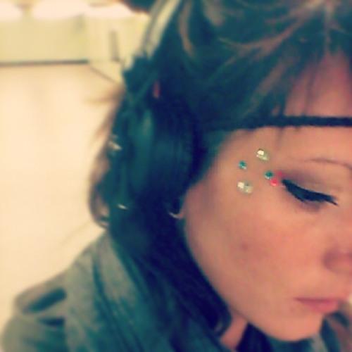 Jacque line's avatar