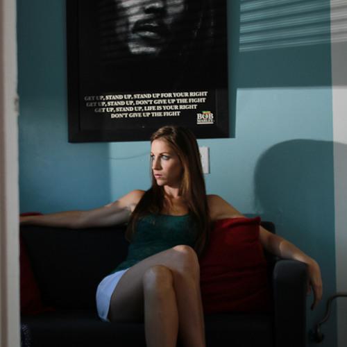 Jen De Minco's avatar