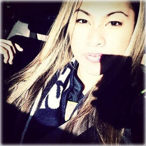 Maria Mz'Foxy Fola's avatar