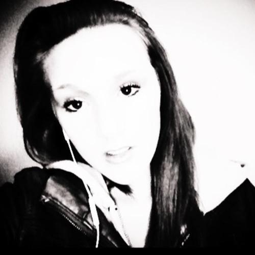 Cassandra Witter♥'s avatar