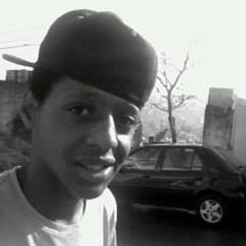 Lucas Gomes Ribeiro's avatar