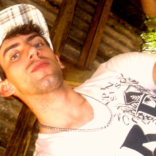 João Dhjow's avatar