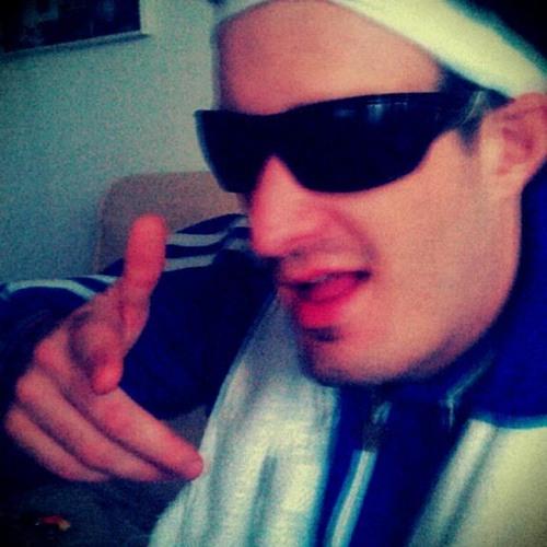 DiskHoTod_LIVE's avatar
