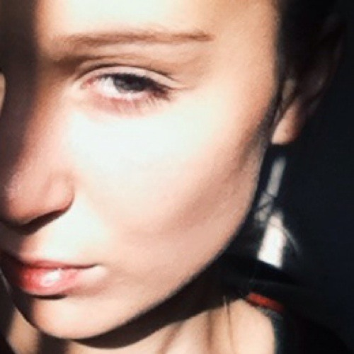 Léna Lflhr's avatar