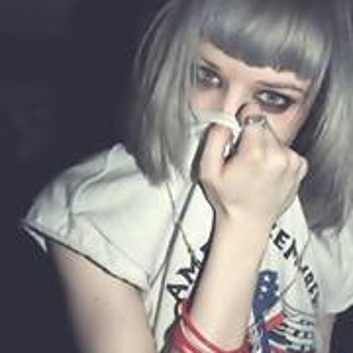 Micaela Lillo's avatar