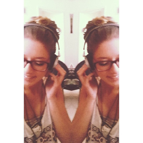 CamilaG's avatar