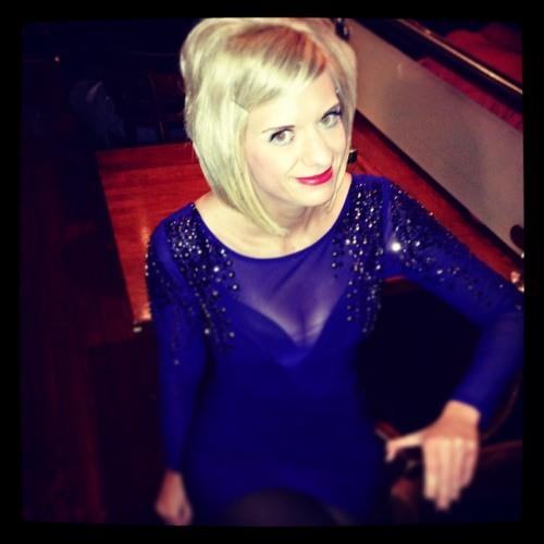 Angie Hall 2's avatar