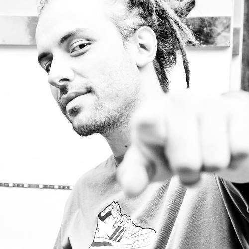 VIKBASS's avatar
