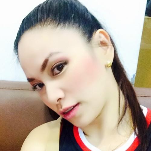 Michelle Oreto-Lee's avatar