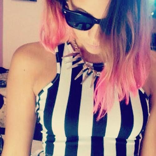 María Elia's avatar