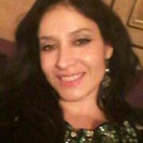 Vanessa Leon 13's avatar