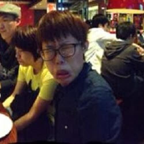 Yu-jie Chen's avatar