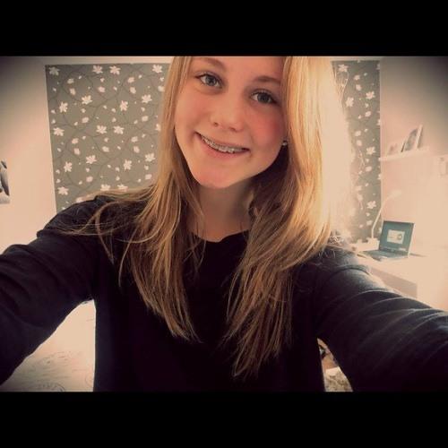 Fanny Eriksson :)'s avatar