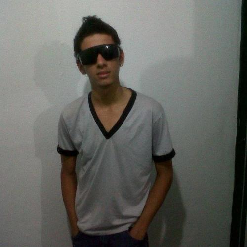 Felipe Tavares Almeida's avatar