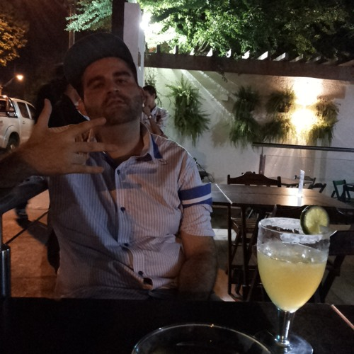 Hugo Freitas Rodrigues's avatar