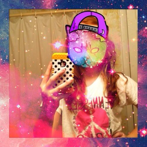 chloebrooke22's avatar