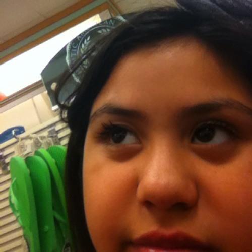 Sara Uriarte's avatar