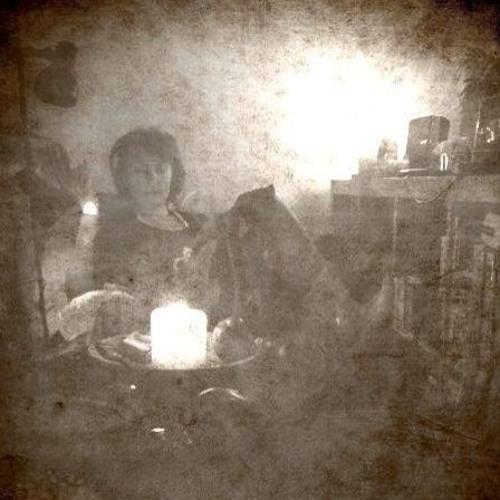 Line Tzwitschert's avatar