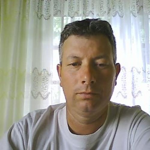 user905567582's avatar