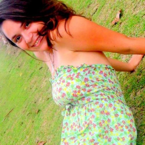 Mayara Marcelino's avatar