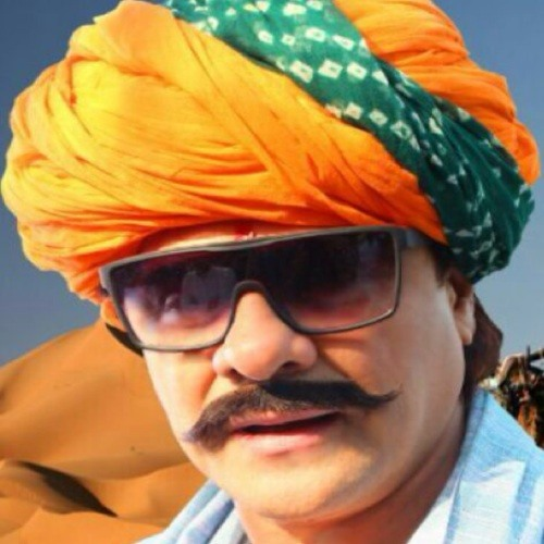 Arjun Feroz Khan's avatar