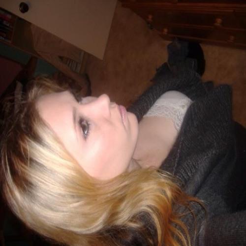 Kaitlin Leigh's avatar