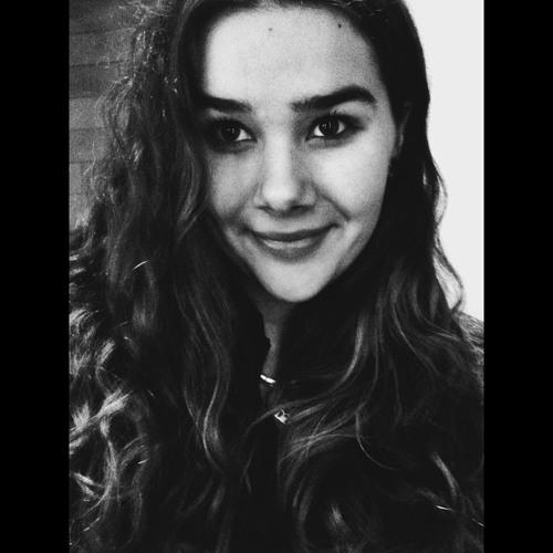 Anna Flue's avatar