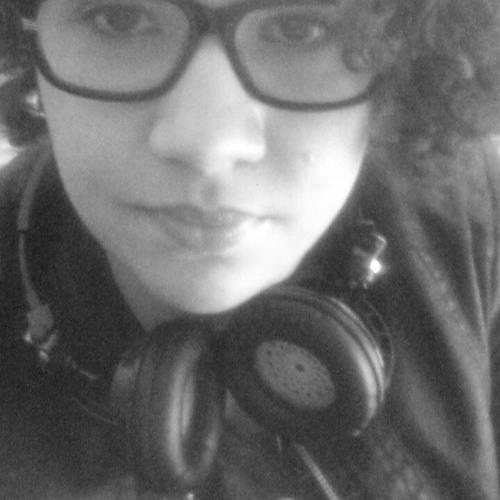 Kamilla Holanda's avatar