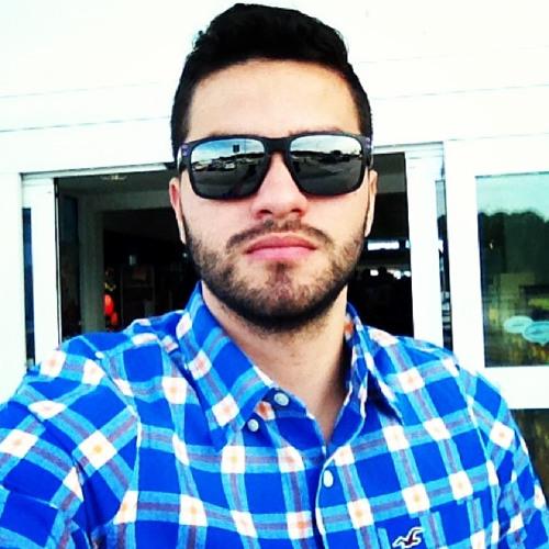 Alan Pedreira's avatar