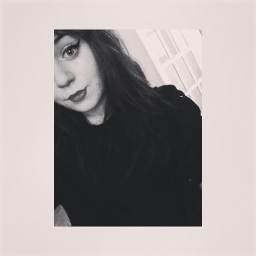 Chloe Falconer's avatar