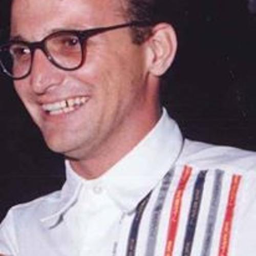 Júlio César Pereira 11's avatar