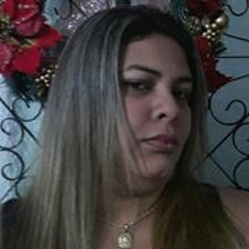 Kelly Sandi's avatar