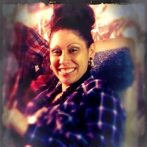 Gina Aparicio's avatar