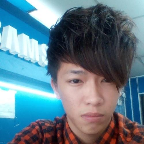 Waichong Liew's avatar