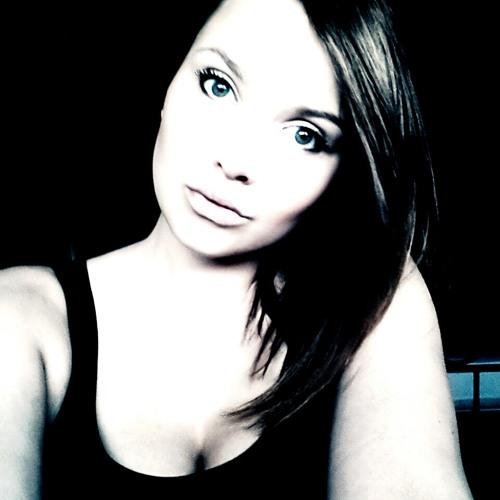 Rebecca Feucht's avatar