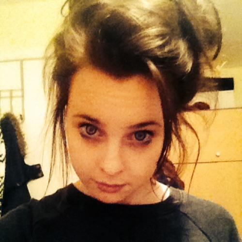 Debbie Thomson 5's avatar