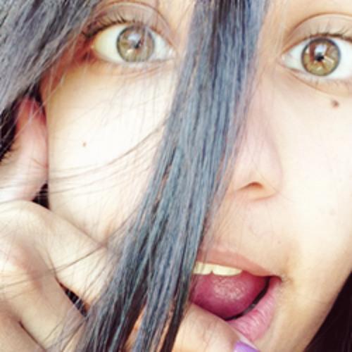 Andressa Muniz's avatar