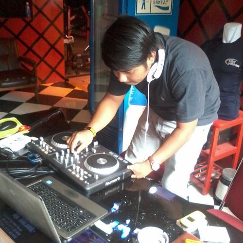 DJ Panduu J.M.C's avatar