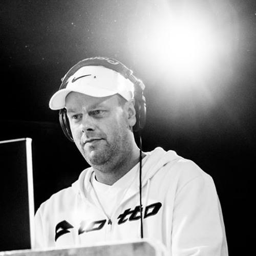 DJ  Pace's avatar