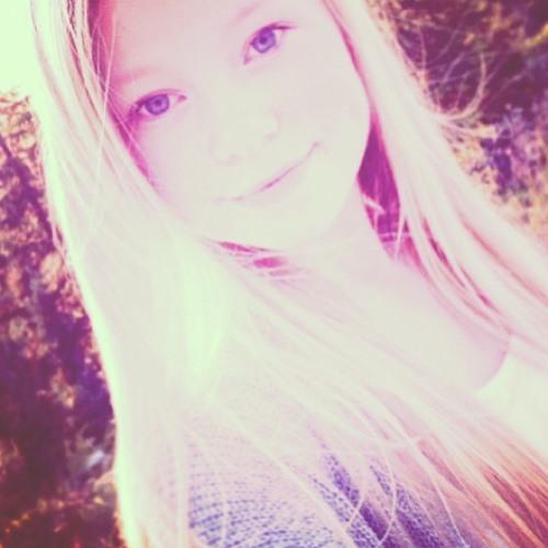 Aurorahansen_'s avatar