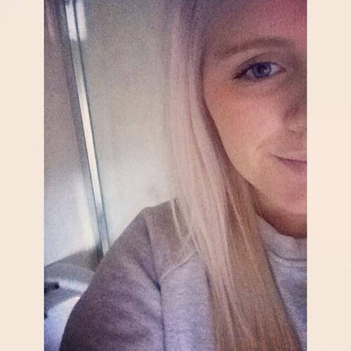 Becca Rees 1's avatar