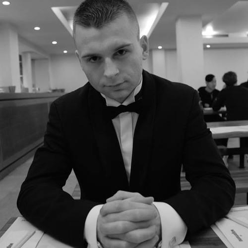 Roman Yashin's avatar