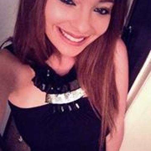 Nia Lee Bertazon's avatar