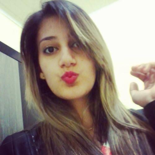 Aline Rayane's avatar