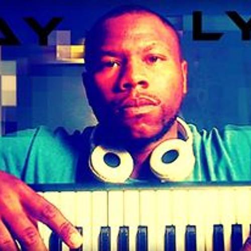 RayLyveDaSingerDaProducer's avatar